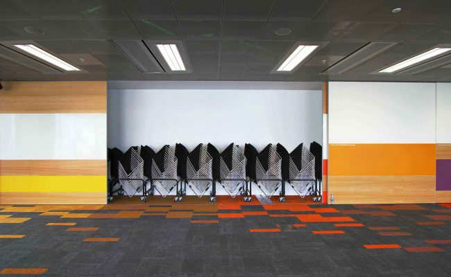 hatz-spot-Level-2-south-function-room-chairs